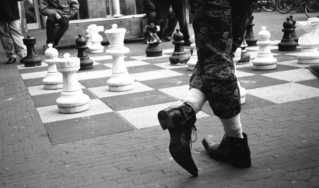waiting for a move, giant chess, Amsterdam
